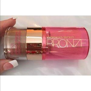 HTF Victorias Secret Instant BRONZE  Powder 4.25